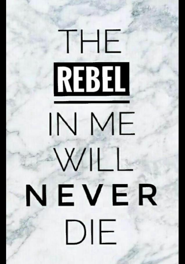 maglietta The rebel in me will never die